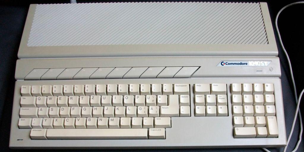 Commodore STE